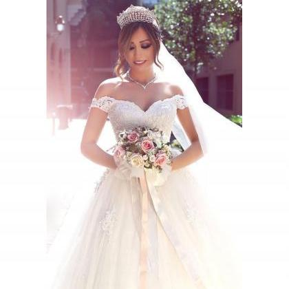 2017 New Vintage Lace Wedding Dress..