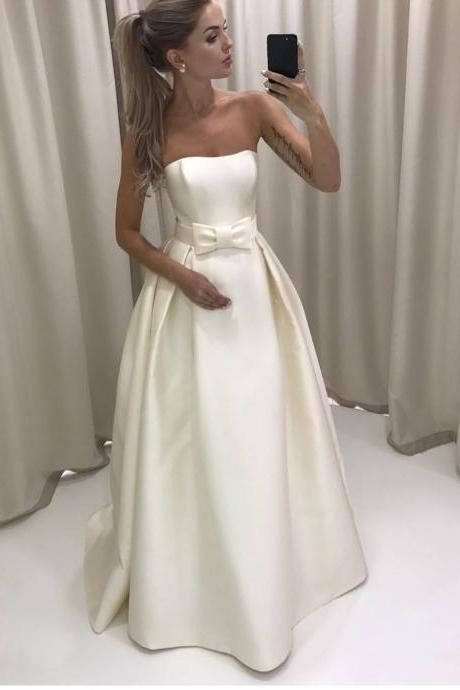 Simple Strapless Ivory Satin Wedding Dress Bridal Gown with a Bow