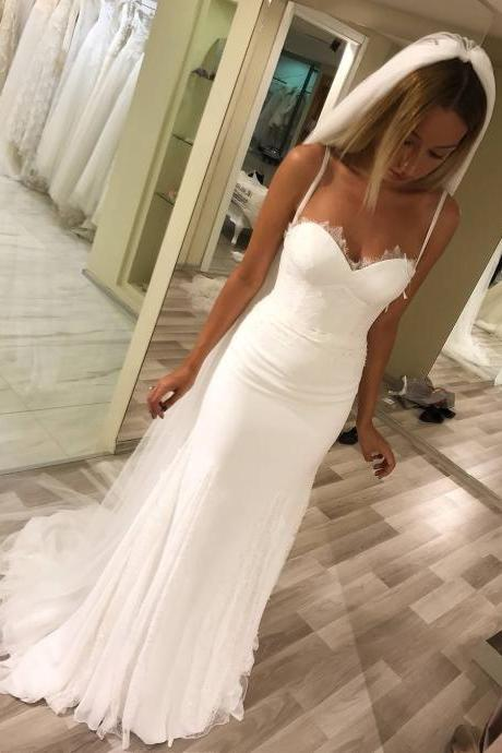 Spaghetti Strap Sweetheart Lace Appliqués Mermaid Chiffon Wedding Dress with Train